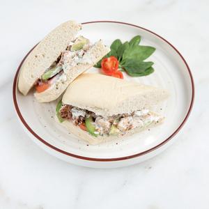 Drivu Chicken Avocado Sandwich