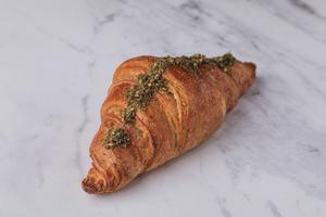 Drivu Thyme Croissant