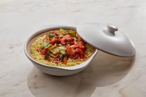 Drivu Curry Flavored Rice with Chilli Basil Chicken