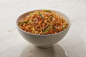 Drivu Vegetable Schezwan Hakka Noodles