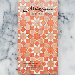 Drivu White Chocolate with Orange Blossom & Roasted Almond