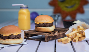 Drivu Mini Cheese Burger Meal