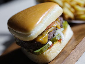 Drivu Back to Basics Burger