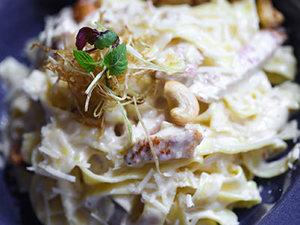 Drivu Fettuccini Alfredo Pasta