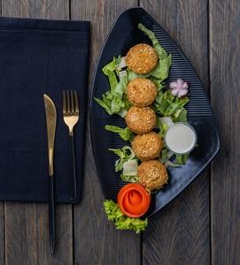 Drivu Falafel Plate طبق الفلافل