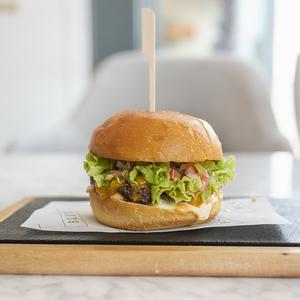 Drivu Gourmet Beef Burger