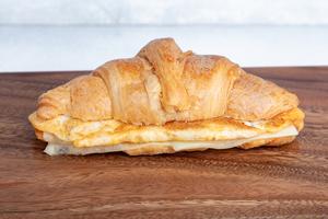 Drivu Egg Croissant