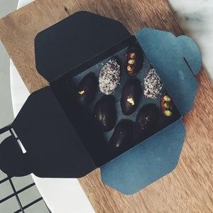 Drivu Mirzam's Surprise Dark Chocolate Dates Box