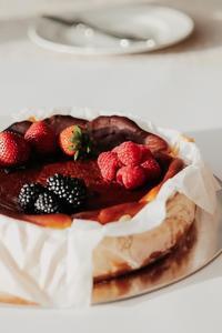 Drivu San Sebastian Cake (Whole)