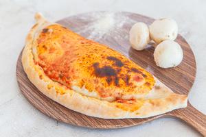 Drivu Calzone Pizza