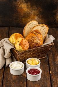 Drivu Bread Basket (Butter & Jam)