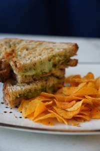 Drivu Basil Toast
