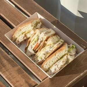 Drivu Caprese Sandwich