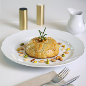 Drivu Rosemary Scented Roasted Oriental Chicken in Puff Pastry