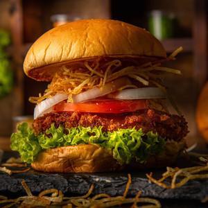 Drivu Volcano Chicken Burger