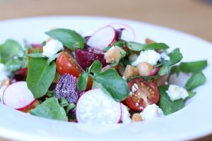 Drivu Beet & Goat Cheese Salad