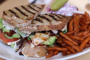 Drivu Grilled Chicken Sandwich