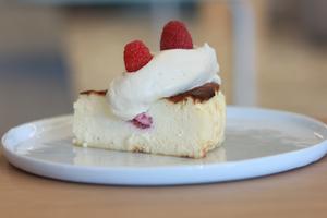Drivu Raspberry Basque Cheesecake
