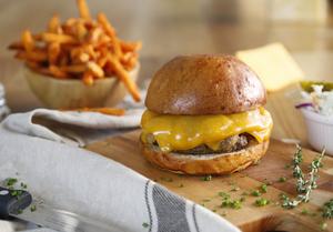 Drivu Clinton Street Cheeseburger