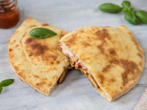 Drivu Calzone Chicken BBQ