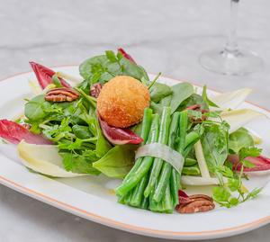 Drivu Goat Cheese Salad