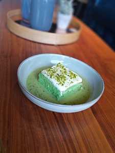 Drivu Pistachio Milk Cake