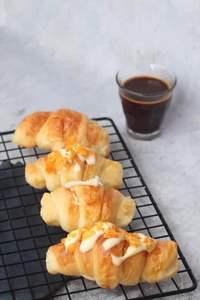 Drivu Salty Croissant