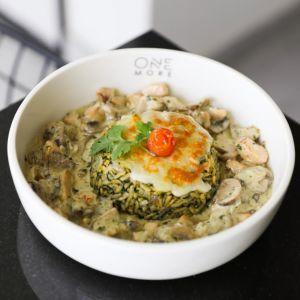 Drivu Spinach Orzo with Chicken & Mushroom Sauce