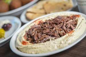 Drivu Hummus Meat Shawarma حمص مع شاورما لحمة