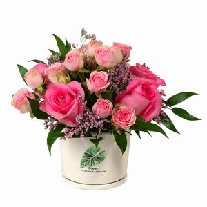 Drivu Pink Roses & Baby Roses in Ceramic Vase (V9)