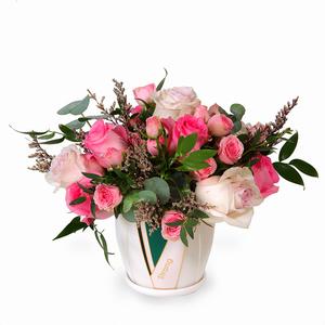 Drivu  4 Pink Roses, Light Pink Roses, Baby Roses in Ceramic Vase (V8)