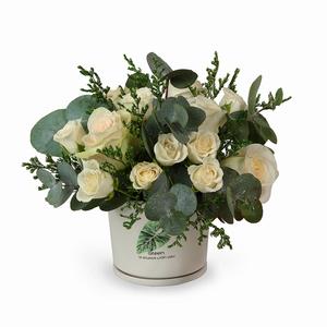 Drivu  White Roses in Ceramic Vase (V4)