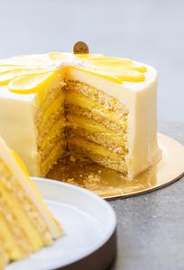 Drivu Lemon Daisy Cake- 1 slice