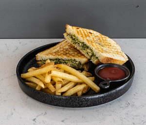 Drivu Chicken Pesto Sandwich