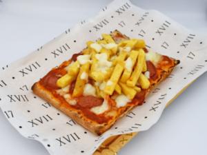 Drivu Pinsa French Fries & Wurstel