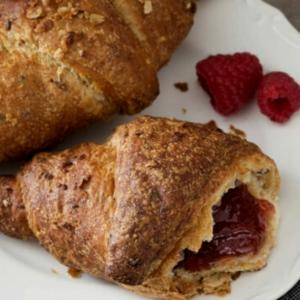 Drivu Croissant Cereals, Berry Jam and Honey