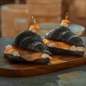 Drivu Black Croissant with Smoked Salmon