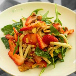 Drivu Grilled Halloumi Salad