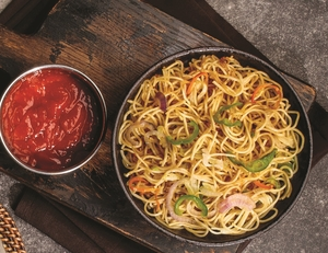 Drivu Chicken Hakka Noodles