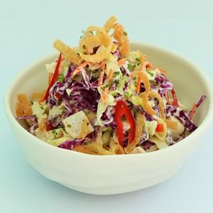 Drivu Chicken & Crispy Wonton Salad