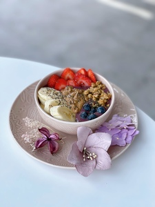 Drivu Strawberry Blend Acai Bowl