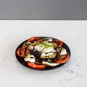 Drivu  Caprese Salad