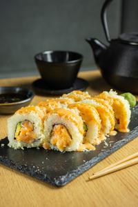 Drivu Spicy Salmon Roll