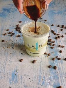 Drivu Pistachio Shake with Coffee