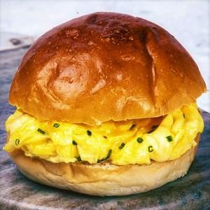 Drivu Cheese and Egg Bun