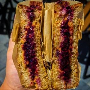 Drivu PB&J Sandwich