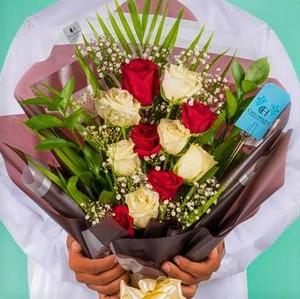Drivu YM Flower Bouquet