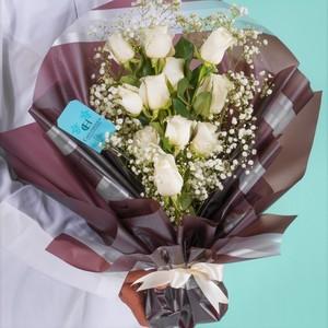 Drivu RRR Flower Bouquet