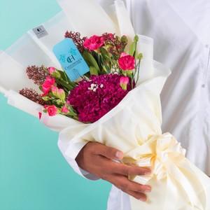 Drivu Luxury Flower Bouquet
