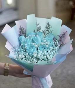 Drivu 8 Hand Rose Bouquets